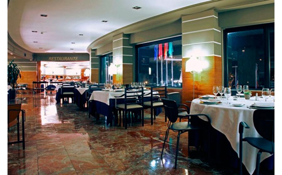Tres Reinas (Hotel Tres Reyes)_foto